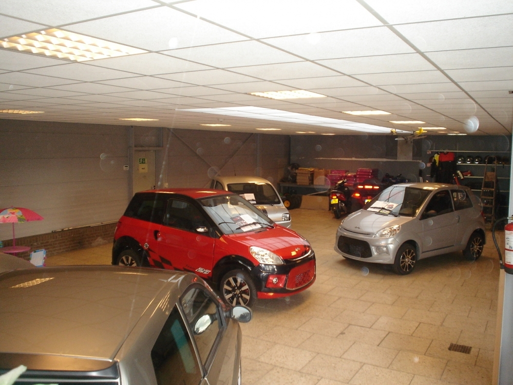 Dit is onze showroom hier staan div occasions